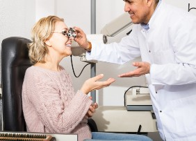 Lasik  eye clinic consultation Boston